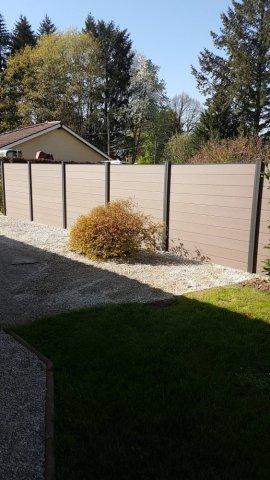 Pose et installation de clôture claustra en composite à Ambérieu-en-bugey Jardipaysage